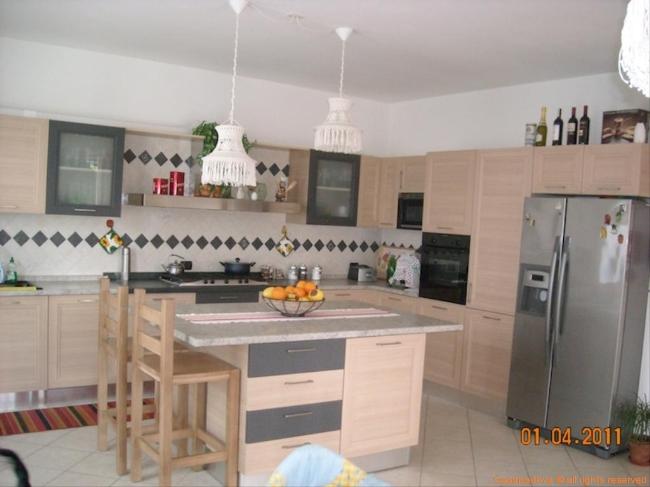 vendita villa bifamiliare padova torre  340000 euro  5 locali  200 mq