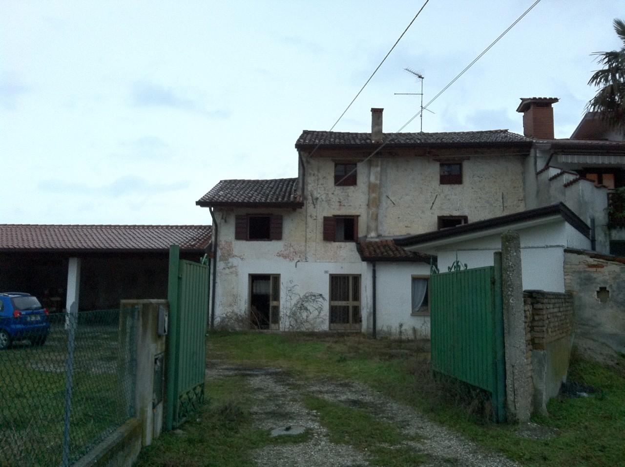 Rustico in vendita a san vito al torre - Casa al rustico ...