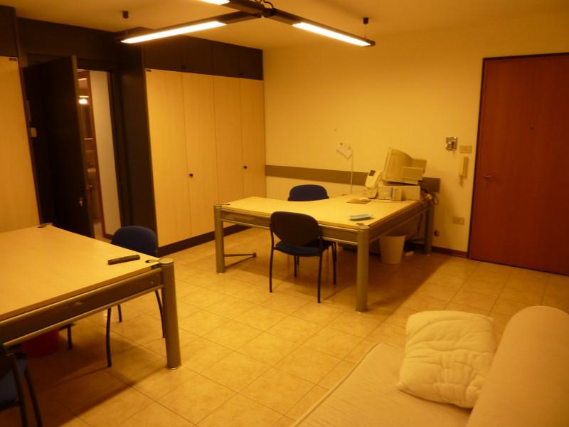 Bilocale Trieste Via Istria 139/1 3