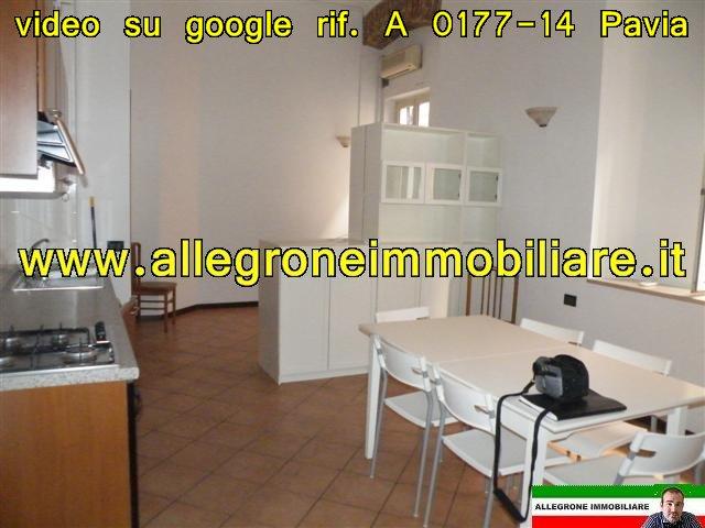 Bilocale Pavia Piazza Guidi 4