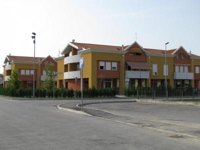 Vendesi negozio laboratorio villafranca mestrino padova in zona residenziale
