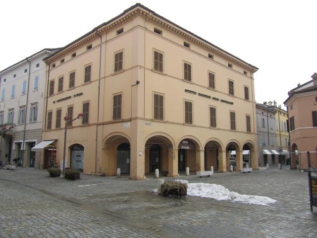 Palazzo-stabile Vendita Carpi