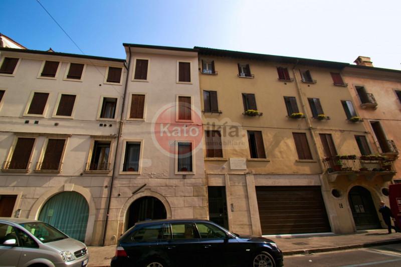 Bilocale Vicenza Strada San Pietro 11