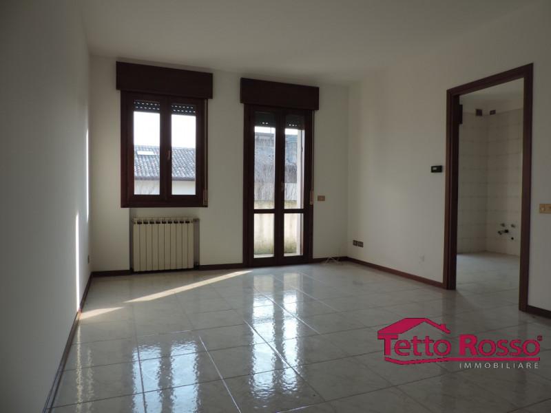 vendita appartamento limena limena via Montegrappa 85000 euro  3 locali  85 mq