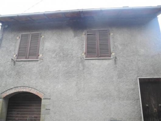 Bilocale Loro Ciuffenna Via Genova, 0 2