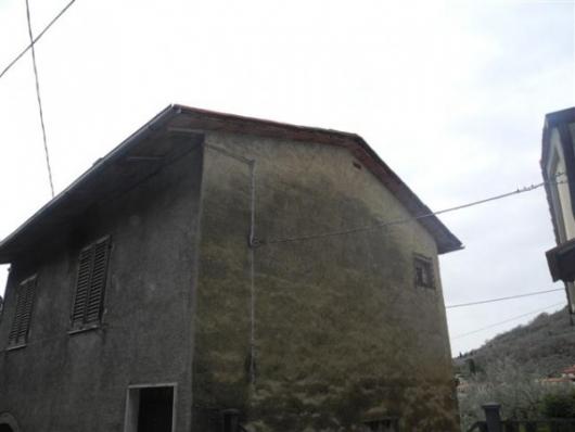 Bilocale Loro Ciuffenna Via Genova, 0 3