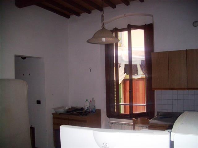 Bilocale Montevarchi Via Poggio Bracciolini, 0 8
