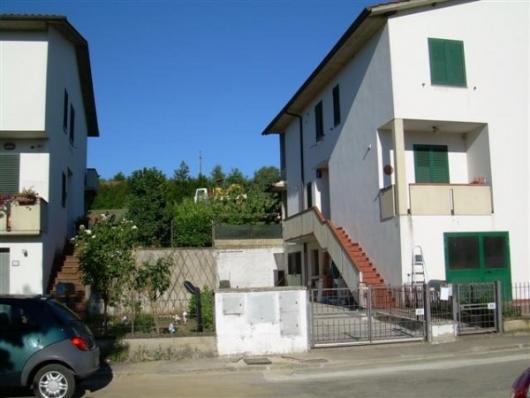 Bilocale Bucine Via Trieste 1
