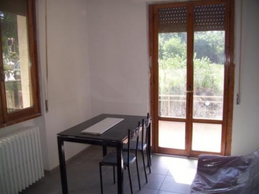 Bilocale Cavriglia Via Roma 4