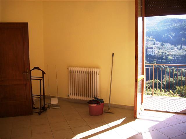 Bilocale Loro Ciuffenna Via De Gasperi 12