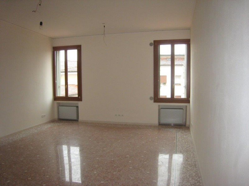 vendita appartamento vicenza vicenza - centro contra mure porta castello 350000 euro  4 locali  130 mq