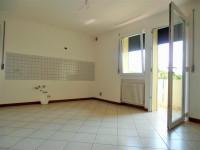 Castelfranco V.to:Treville affittasi appartamento mini con cantina e garage €420,00