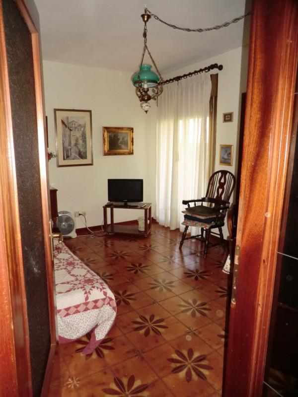 Bilocale Trieste Via Capitolina 3 2