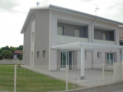 Borgoricco - S. Eufemia - nuova bifamiliare con ampio giardino