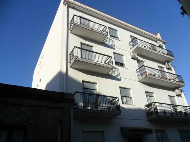 vendita appartamento reggio di calabria viale calabria Via Loreto 65000 euro  3 locali  80 mq