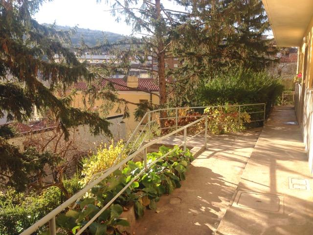 Bilocale Trieste Via Verga 2