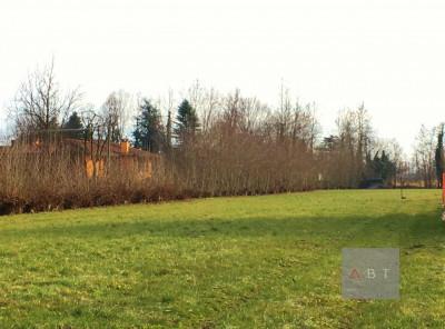 Grantorto (PD) vendesi terreno edificabile di 2.200 mq situato in centro paese.