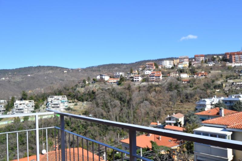 Bilocale Trieste Via Commerciale 128 4