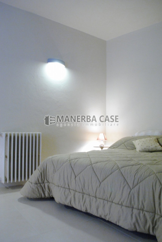 Bilocale Gardone Riviera Via Carere 13