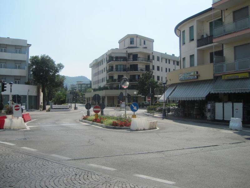 Bilocale Montegrotto Terme Viale Stazione 4