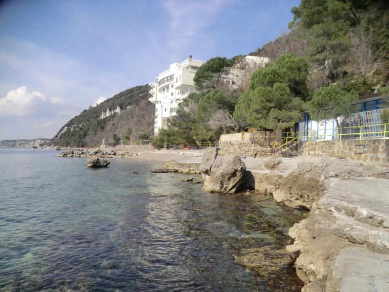 Bilocale Trieste Costiera 11