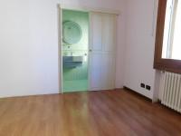 appartamento in vendita Altavilla Vicentina foto 011__dscn2573.jpg