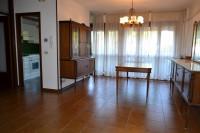 Appartamento con 3camere in centro a Montegrotto su un livello