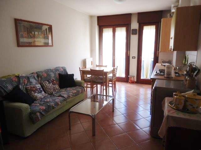 Bilocale Padova Via Trieste 1