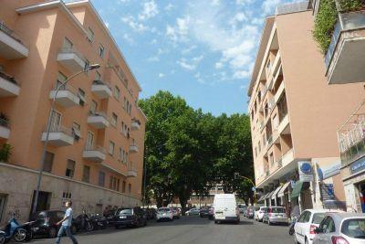 vendita attico roma balduina Via Lattanzio 700000 euro  5 locali  150 mq