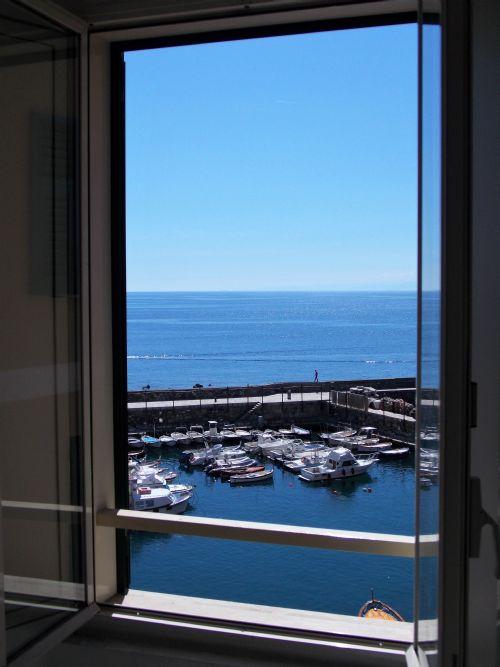Appartamento in Vendita a Camogli via al porto