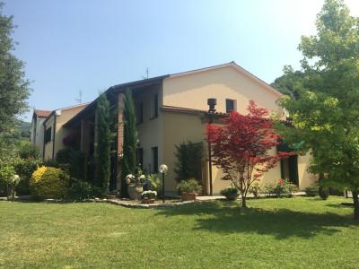 Casa a schiera in vendita a Arquà Petrarca