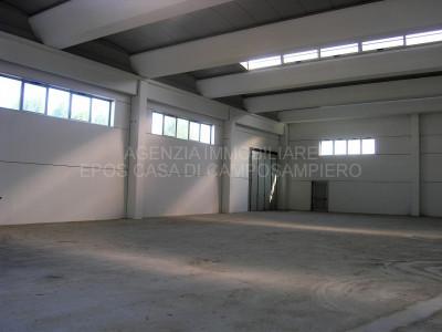 Borgoricco, capannone 650 mq in zona industriale