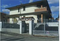 villa in vendita Rosate foto 999__esterna_villa.jpg