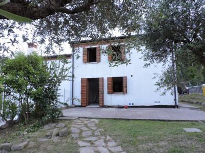 GALZIGNANO TERME: Casetta in collina con giardino privato e vista panoramica