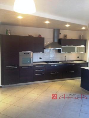 R-1515 Appartamento in vendita a Monselice con 2 camere da letto, garage e cantina