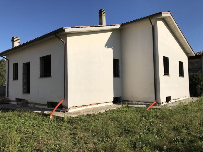 Foto - Semi-indipendente In Vendita Capranica
