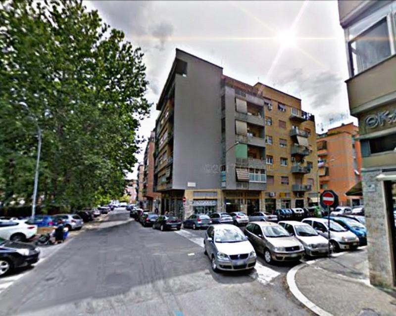 vendita appartamento roma villa gordiani Via Prenestina 268000 euro  4 locali  105 mq