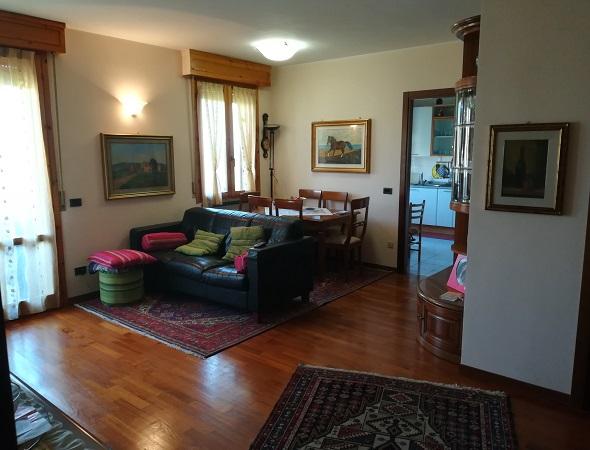vendita appartamento parma panocchia  144000 euro  3 locali  90 mq