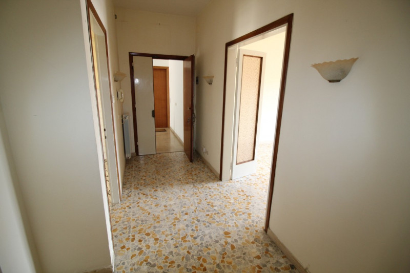 vendita appartamento montevarchi stadio  130000 euro  5 locali  100 mq
