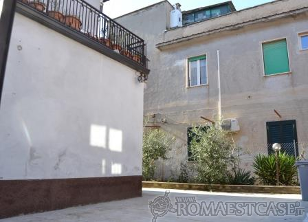 Appartamento GUIDONIA MONTECELIO vendita  Villanova via Angelo Brunetti, 4 Gribaldi Immobiliare S.r.l.