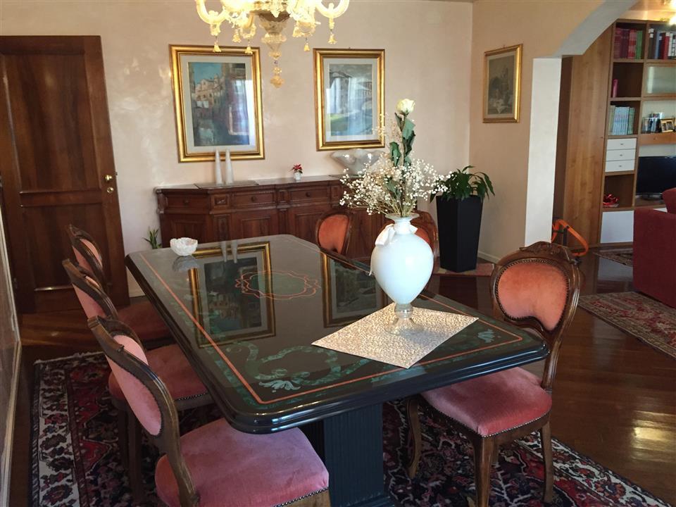 casa singola in VENDITA a Vicenza Centro Storico