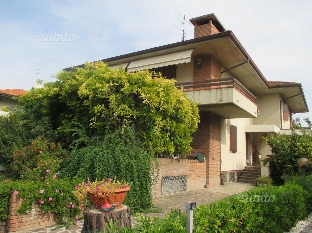 Ponte della Pietra - Casa Bifamiliare