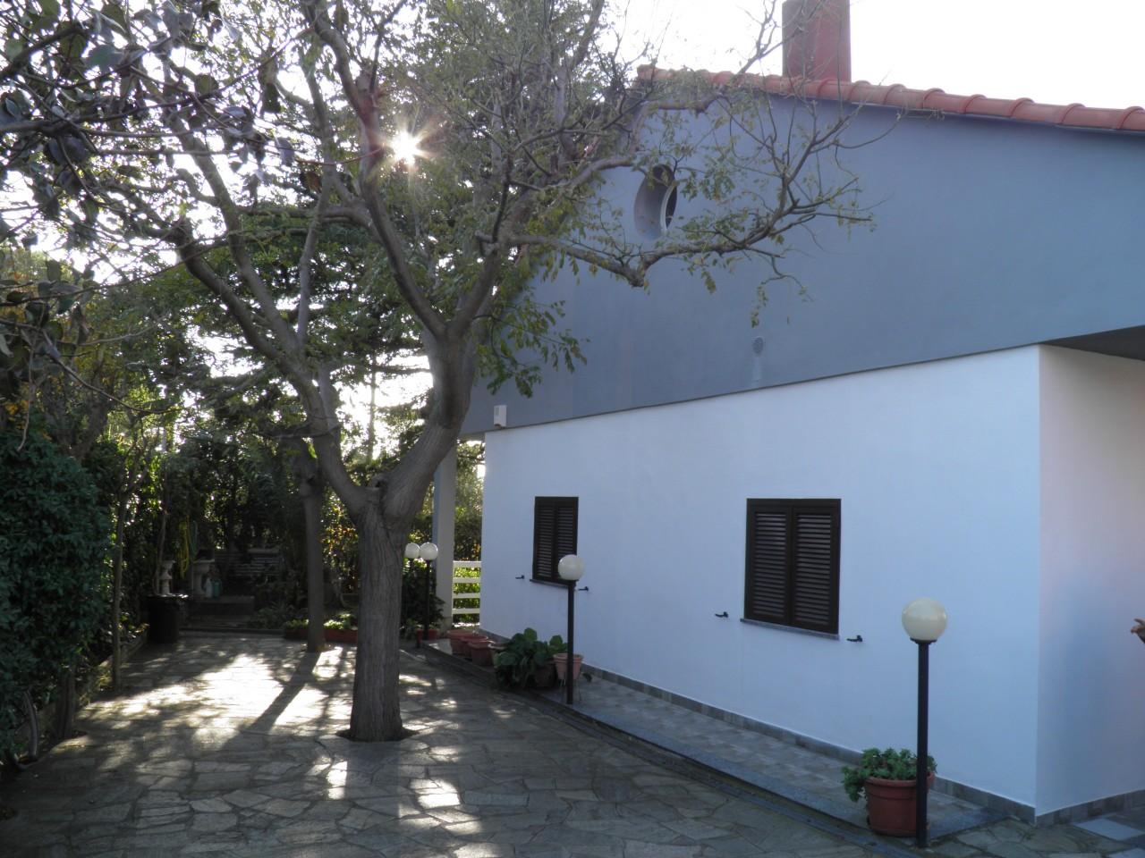 Villa A Tre Piani villa in vendita a celle ligure (sv) zona celle ligure aria