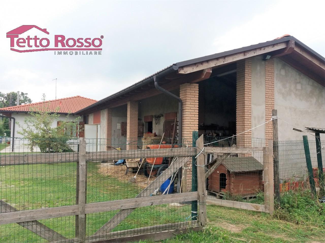 Casa singola con 1000 mq di proprietà