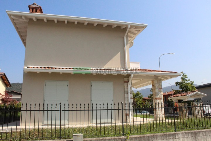 RODENGO SAIANO VILLA SINGOLA | 003__villa10.jpg