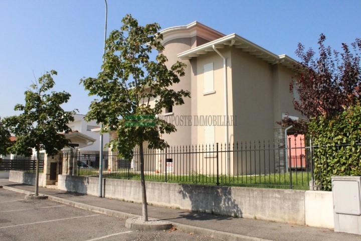 RODENGO SAIANO VILLA SINGOLA | 013__villa14.jpg