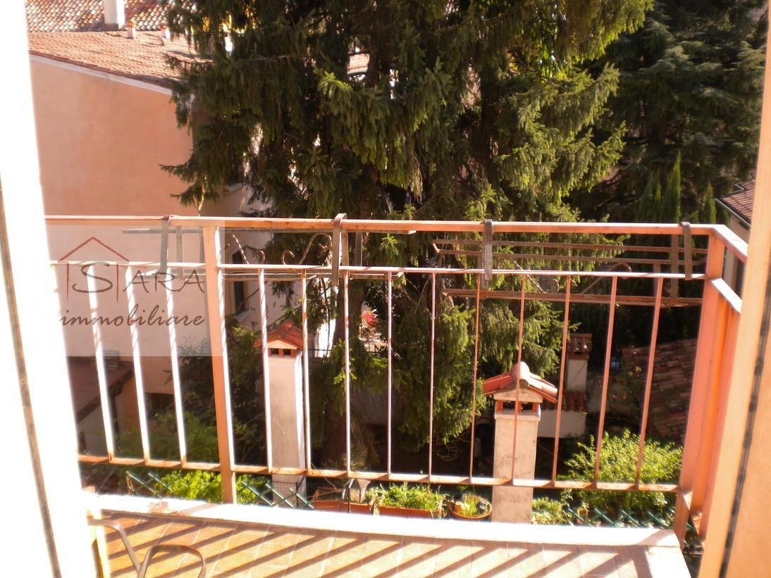 PADOVA - ZONA DUOMO: Monolocale con terrazzo - https://media.gestionaleimmobiliare.it/foto/annunci/091006/43733/1280x1280/000__duomo-mono-7.jpg