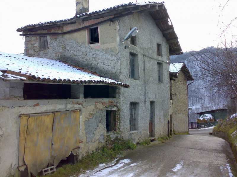 Rustico / Casale in vendita a Valli del Pasubio, 9999 locali, zona Località: Savena - Savenella, prezzo € 25.000 | CambioCasa.it