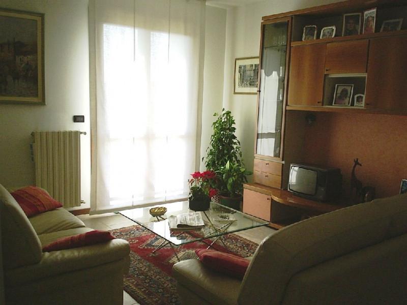 Appartamento in ottime condizioni in vendita Rif. 4060081