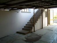 casa singola in vendita Padova foto scala_esterna.jpg